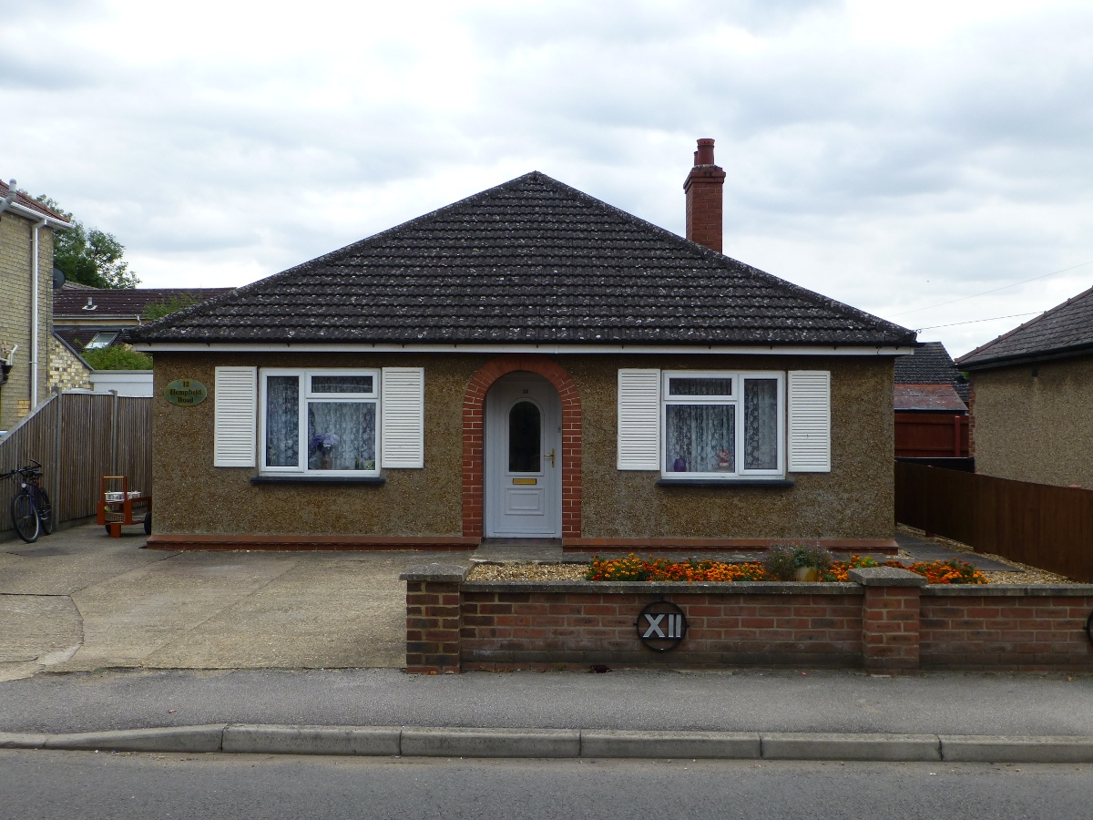 hockley bungalow